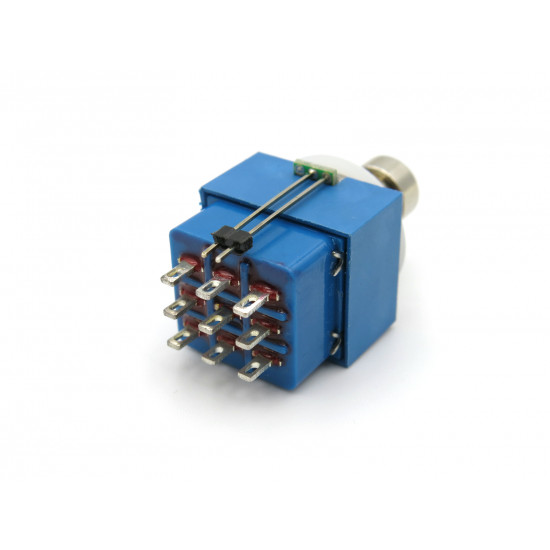 3PDT With LED Momentary Solder Lug Footswitch Blue